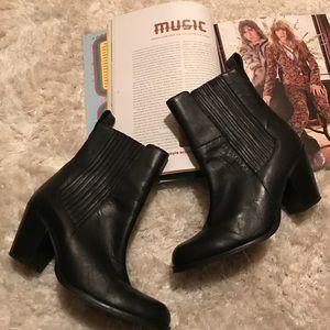H&M Black Leather Ankle Moto Boot Heel Sz 75